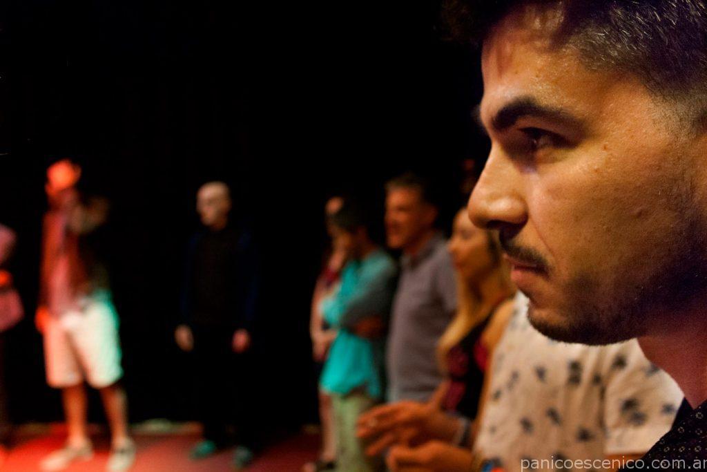Teatro. Escuela de teatro Pánico Escénico. Clases de teatro. Barrio Palermo. Teatro para tímidos. Clases de actuación. Servicios para empresas. Motivación del personal.